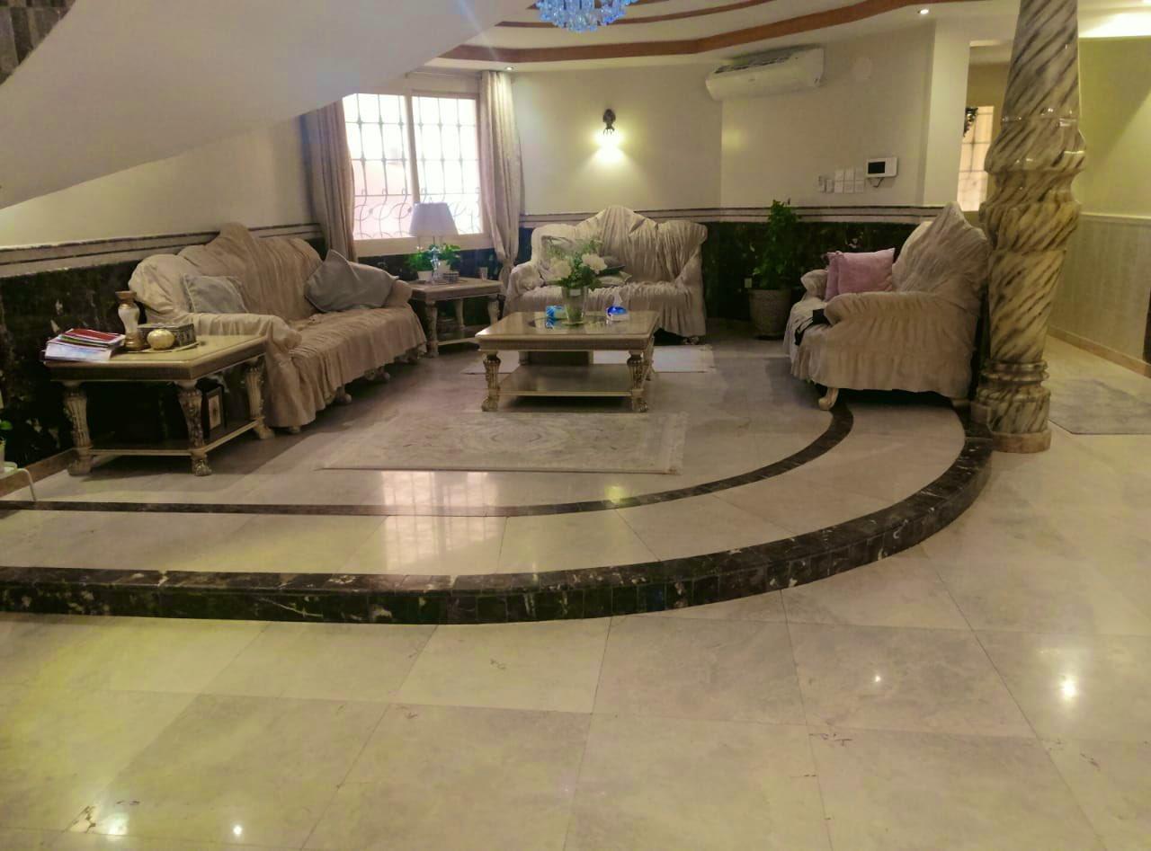 للبيع فيلا درج بالصالة بناء شخصي الموقع: #البكيرية حي ابن خلدون المساحة: 508.73م